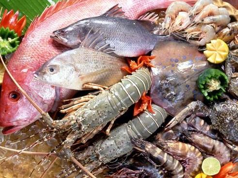 Cách hạn chế nguy cơ ngộ độc hải sản, cach han che nguy co ngo doc hai san