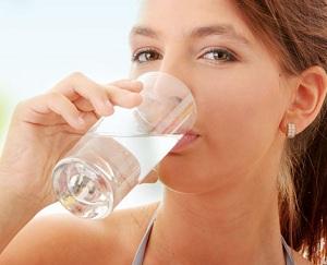 7 cách uống nước hợp lý ngày nắng nóng, 7 cach uong nuoc hop ly ngay nang nong