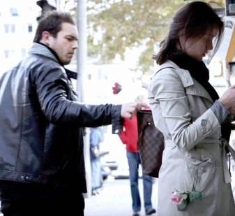 Cách hay tránh bị móc túi khi ra đường, cach hay tranh bi moc tui khi ra duong
