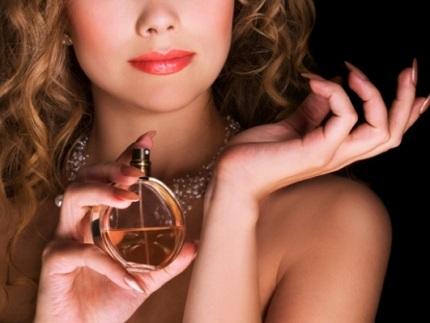 Cách giữ mùi nước hoa thơm lâu, cach giu mui nuoc hoa thom lau