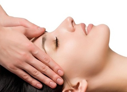 Massage mặt giúp má hồng tự nhiên, massage mat giup ma hong tu nhien