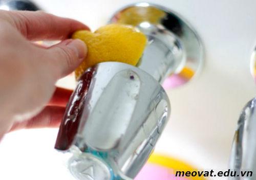 Tẩy vết ố giúp nhà cửa sạch sẽ, tay vet o giup nha cua sach se