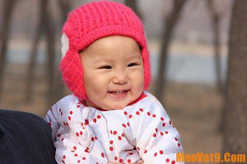 Giữ ấm để trị ho cho trẻ là cách trị ho hiệu quả