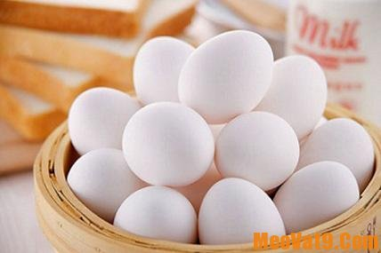 Lựa chọn trứng gà đúng cách để bảo quản trứng gà tươi lâu