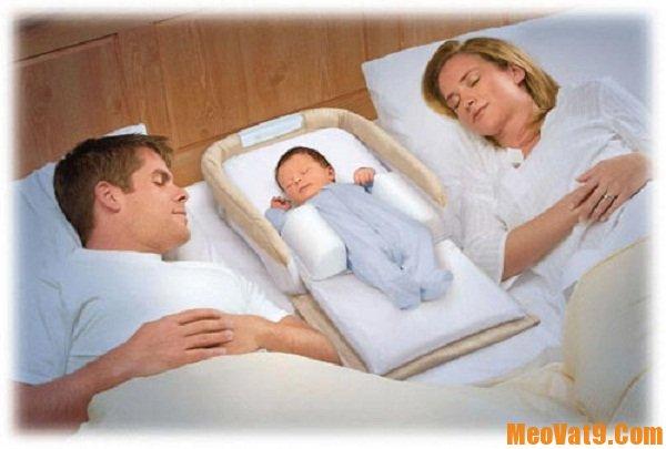 Mẹo giúp bé sơ sinh ngủ đúng giờ