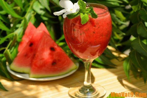Mẹo ăn dưa hấu đúng cách