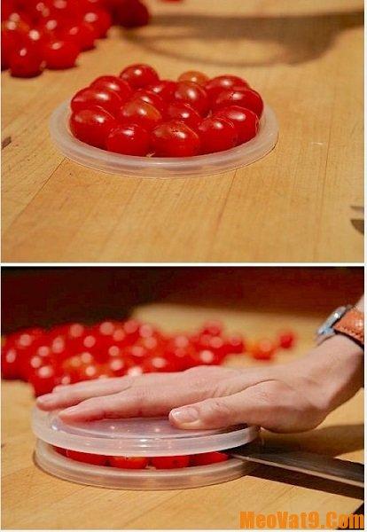 Mẹo cắt cà chua nhanh