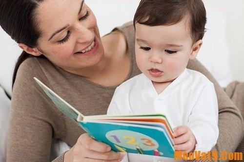 Mẹo giúp bé thích đọc sách hiệu quả