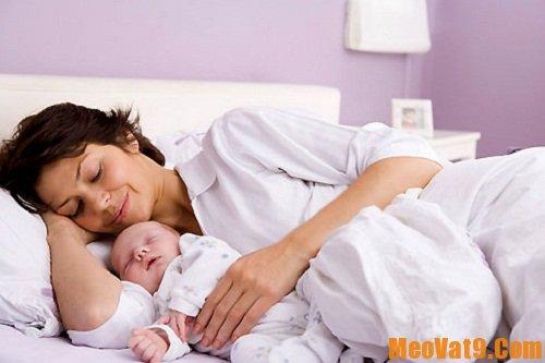Sắp xếp người giúp đỡ bạn sau khi sinh
