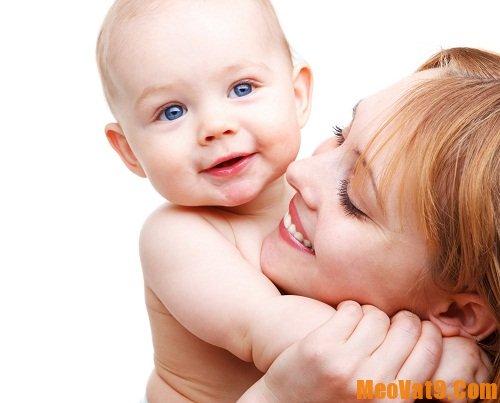 Tác dụng khi nuôi con bằng sữa mẹ