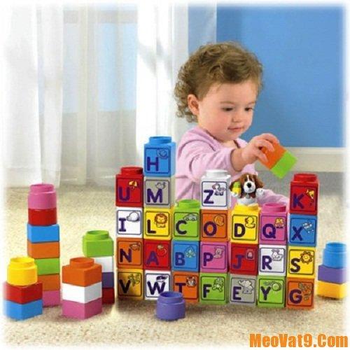 Mẹo giúp bé tự thu dọn đồ chơi