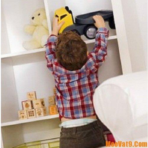 Cách giúp bé tự thu dọn đồ chơi