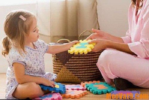Hướng dẫn bé thu dọn đồ chơi hiệu quả nhất