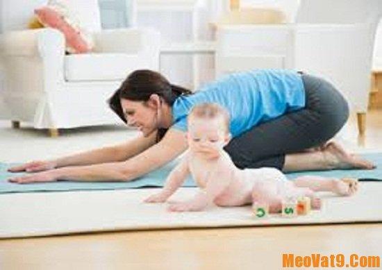 Các động tác thể dục làm giảm eo sau sinh