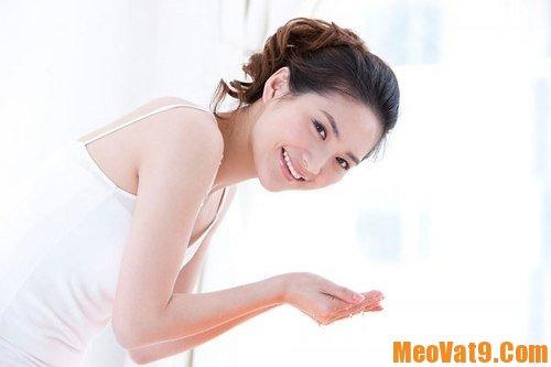 Dưỡng ẩm đúng thời điểm là cách chăm sóc da mặt đúng cách và hiệu quả nhất