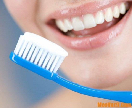 Chọn và sử dụng kem đánh răng phù hợp là cách chăm sóc và bảo vệ răng quan trọng