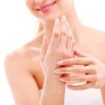 Mẹo giúp da tay mềm mượt như da em bé cực đơn giản tại nhà