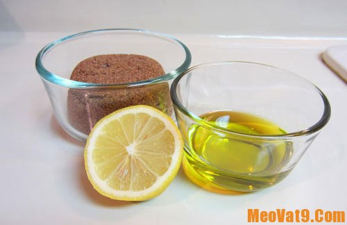 Mẹo tẩy tế bào chết bằng dầu dừa