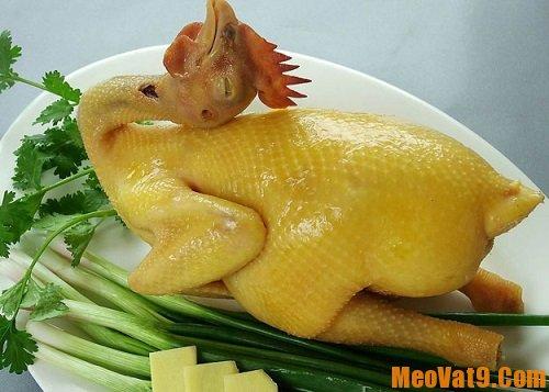 Mẹo chặt thịt gà đẹp mắt