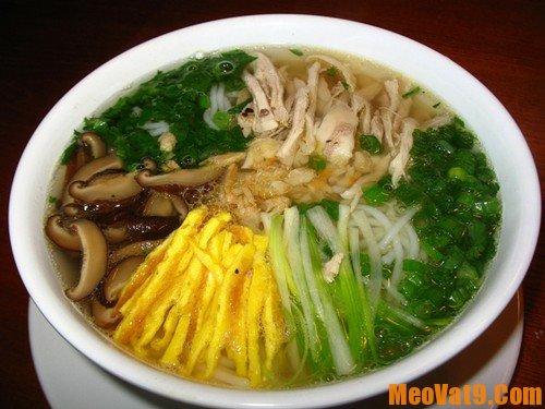 Địa chỉ ăn vặt ngon nổi tiếng khi du lịch Hà Nội