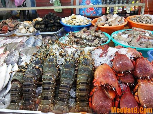 Du khách nước ngoài chia sẻ mẹo du lịch Phú Quốc tự túc vui vẻ nhất