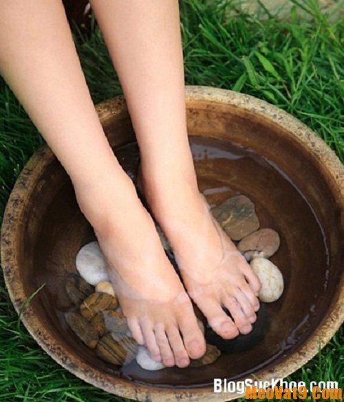 Mẹo trị nước ăn chân nhanh và hiệu quả
