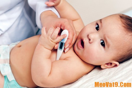 Cách xử lý khi trẻ bị sốt co giật đúng cách