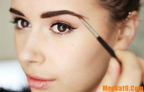 Chế độ dinh dưỡng sau khi phun lông mày: Cách chăm sóc lông mày sau khi phun xăm đơn giản, hiệu quả và an toàn