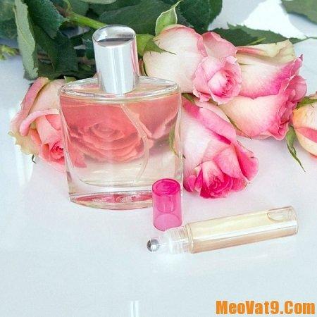 Cách làm nước xịt khoáng hoa hồng