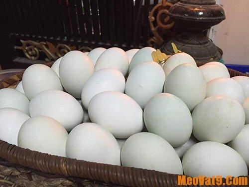 Mẹo luộc trứng không bị nứt, dễ bóc vỏ: Làm sao để luộc trứng dễ bóc vỏ nhất