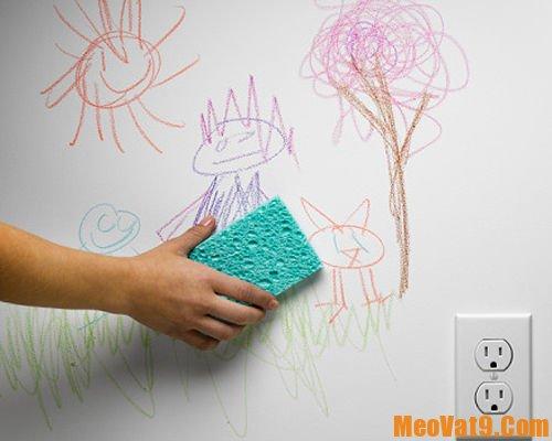 Cách tẩy sạch mọi vết bẩn trên tường