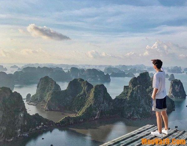 Những địa điểm du lịch ở Hạ Long. Núi Bài Thơ